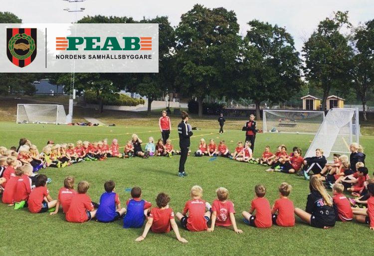 Fyra anledningar till att BP och Peab Fotbollskola är sommarens höjdpunkt