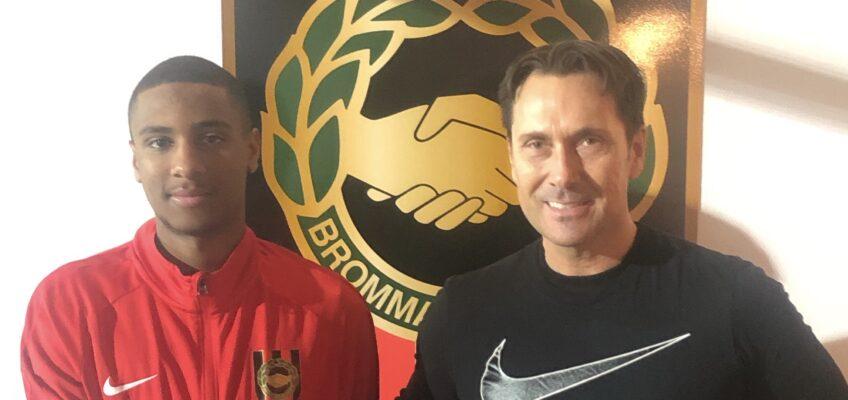 Paulos Abraham signerar A-lagskontrakt