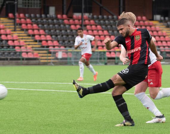 Faraj tremålsskytt i storseger mot Täby FK